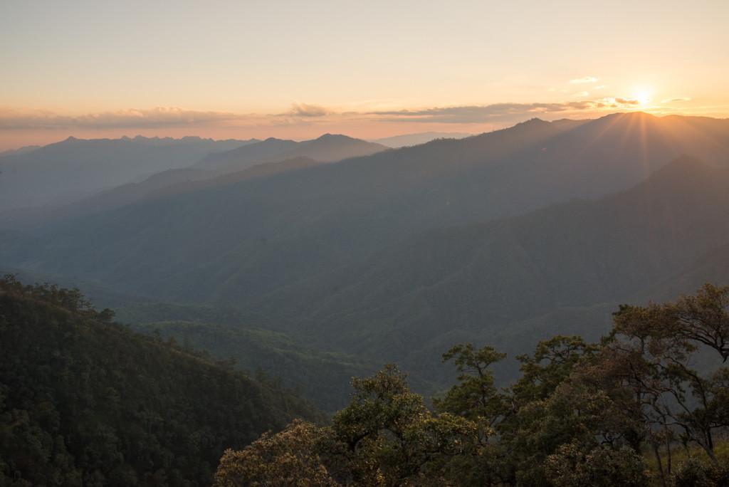 Západ slunce z Doi Pha